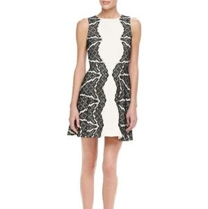Diane Von Furstenberg cocktail dress size 4 NWOT